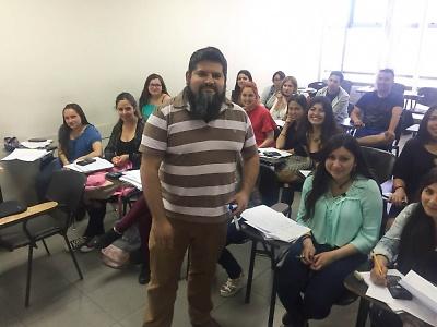 """Radiografía de los estudiantes """"salmones"""" de la sede Melipilla. Jorge Díaz Gutiérrez, Profesor de matemática de la escuela de Construcción de Duoc UC."""