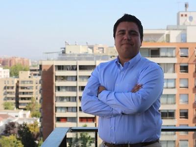 Procesos de Mejora Continua y Certificación. Raúl Ibarra Ruiz. Jefe (s) de Acreditación de Pregrado. Coordinador de Auditorías y Certificaciones de la Dirección de Procesos de Acreditación y Certificación de Duoc UC.