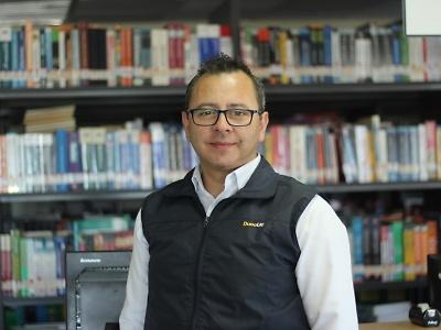 La escuela de Informática y Telecomunicaciones y su vinculación con la Comuna. Roberto Cretton Becerra. Director de Carreras de la escuela de Informática de la sede Melipilla de Duoc UC.